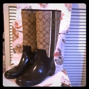 Coach Authentic Rain Boots Size 9B Chestnut Brown